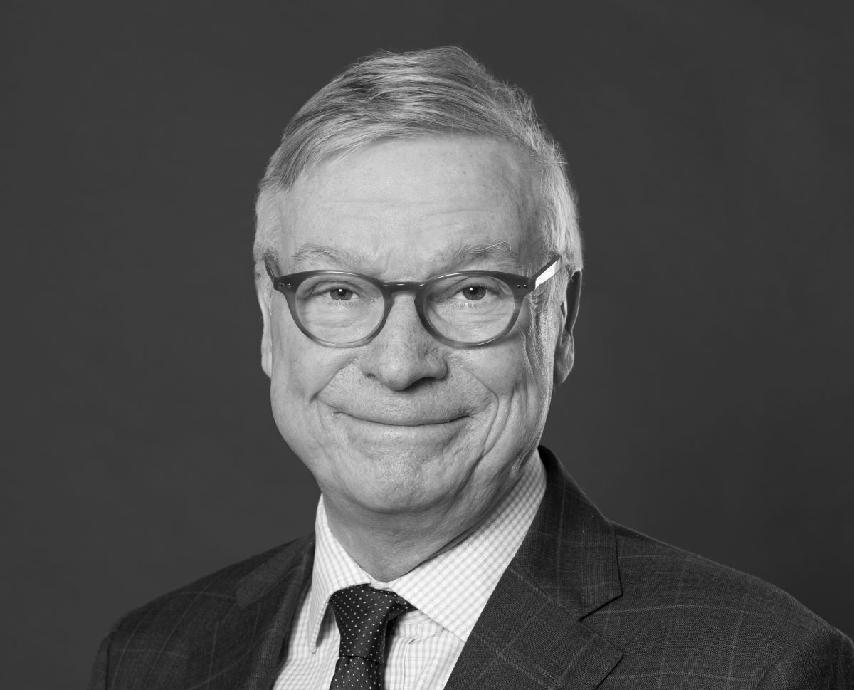 Advokat Lars Eric Gustafsson, Advokatfirman Schjødt